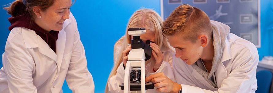 Frontpage microscope.jpg